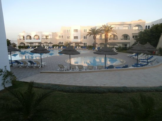 Hotel 3 picture of club marmara hammamet beach hammamet for Club piscine montreal locations