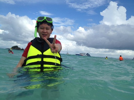 how to get from patong beach to phi phi island