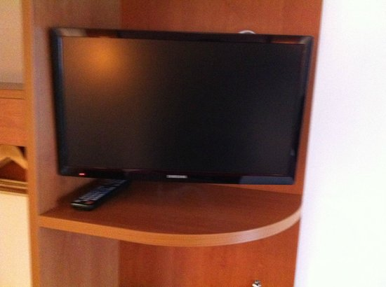 Premier Inn Weston-Super-Mare (Seafront) Hotel: Flat Screen TV