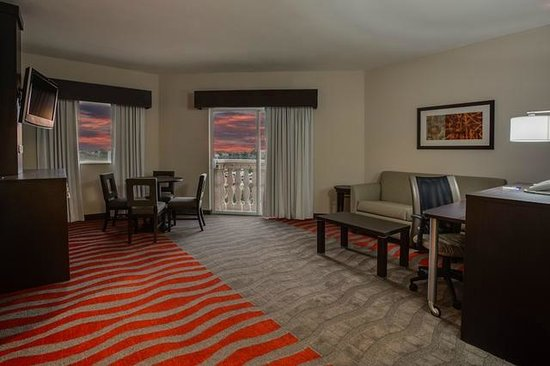Holiday Inn Express & Suites Naples: Living Quarters of our beautiful Executive 1-Bedroom Suite