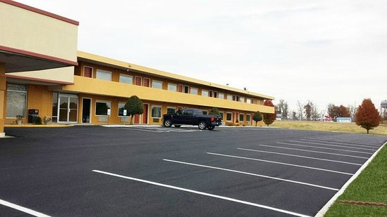 Photo of Days Inn - Mayfield