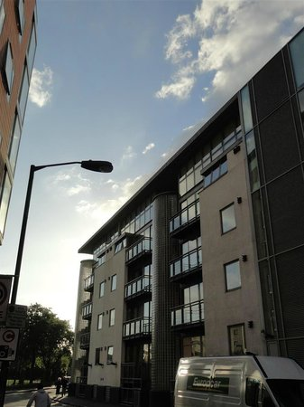 Photo of Tower Bridge Road Apartments London