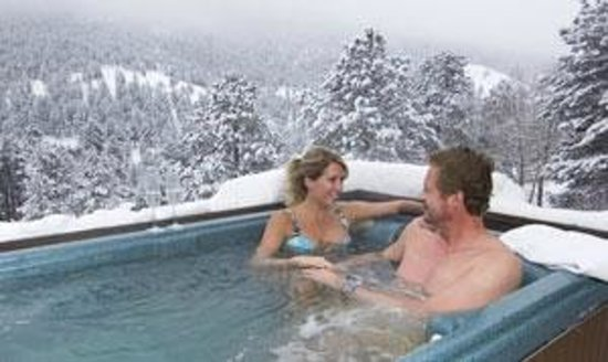 Wildwood Inn: Private out door hot tubs with fabulous mountain views