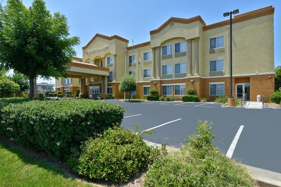 Photo of Comfort Inn & Suites Sacramento