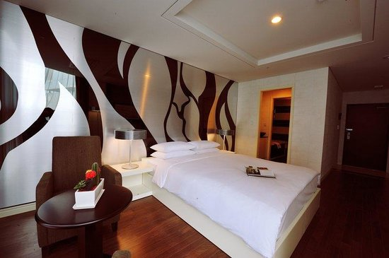Sunset Business Hotel: Standard Double Room