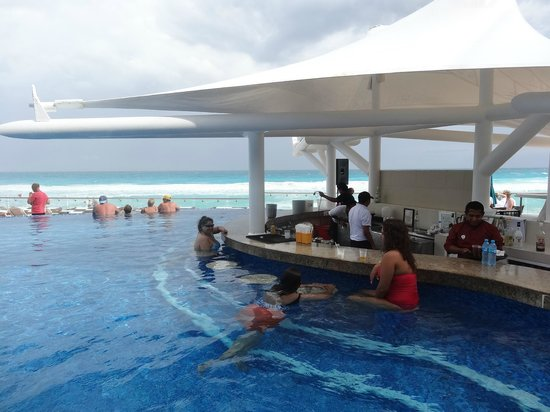 Mini bar in the room picture of hard rock hotel cancun cancun tripadvisor for Hotels in bray with swimming pool