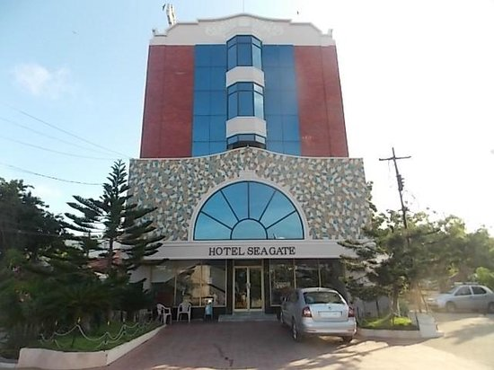 Cottages picture of seagate hotel velankanni tripadvisor Hotels in velankanni with swimming pool