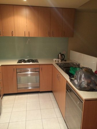 Oaks on Lonsdale: well appointed kitchen