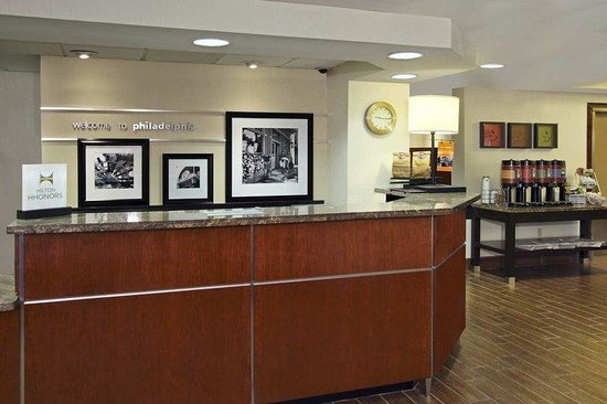 Hampton Inn Philadelphia International Airport Photo