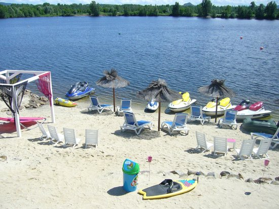 une plage de sable issoire plage photo de issoire nautique issoire tripadvisor. Black Bedroom Furniture Sets. Home Design Ideas