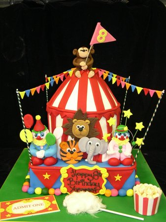 Boutique Cake Art Yarraville : Circus Cake - Picture of Cake Art Yarraville, Melbourne ...