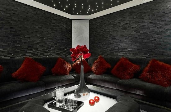 The fairlawns spa spa snug exclusively for guests on spa days and