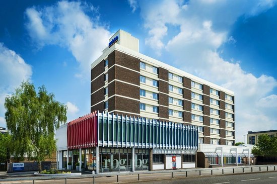 Park Inn by Radisson London Watford