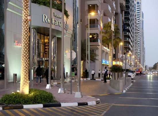 301 moved permanently for Tripadvisor dubai hotels