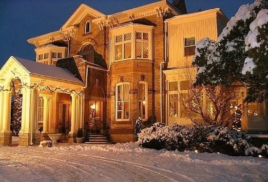Winter wonderland picture of perth ontario tripadvisor for Best boutique hotels perth