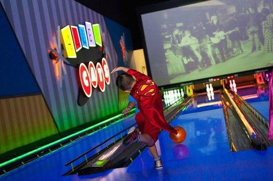 alley cats bowling locations for kids