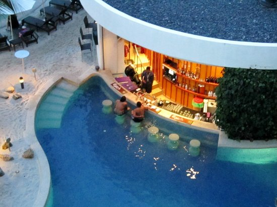 Swim up bar picture of hard rock hotel penang batu - Hard rock hotel penang swimming pool ...
