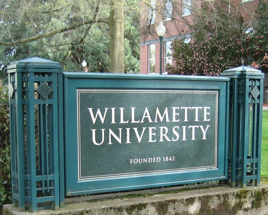 Hotels Near Willamette University