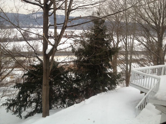 Bellows Walpole Inn: View from Rooms overlooking the CT River Valley