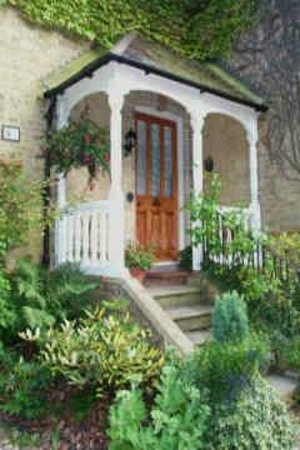 Maybury Lodge Bed & Breakfast