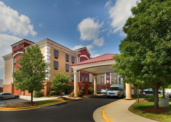 Photo of Comfort Suites Dulles Airport Chantilly