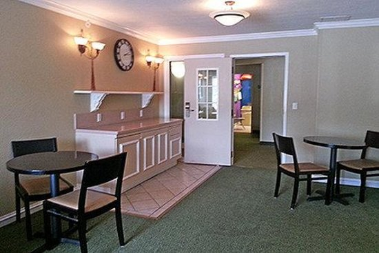 Photo of Extended Stay America - Memphis - Poplar Avenue