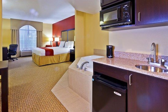 nashville hotels with jacuzzi in room download