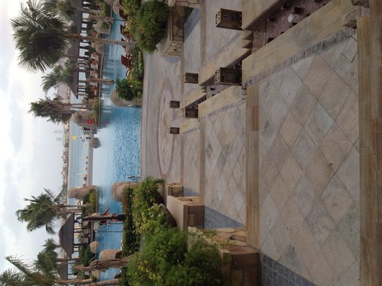 The garden swimming pool picture of sofitel dubai the for Garden pool dubai