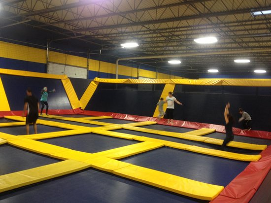 Sky High Sports, Naperville Il