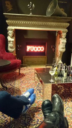 Generator Hostel Venice: Grab some prosecco and relax