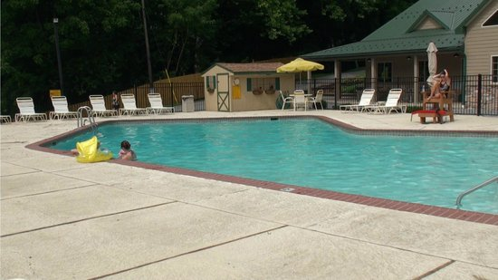 Foto de philadelphia west chester koa coatesville swimming pool tripadvisor for Swimming pools in philadelphia pa