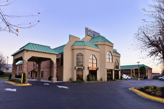 Photo of BEST WESTERN Statesville Inn