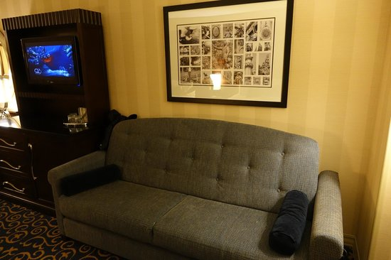 Sofa bed picture of disneyland hotel anaheim tripadvisor for Sofa bed hotel