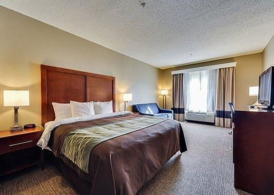 Photo of Comfort Inn Red Oak