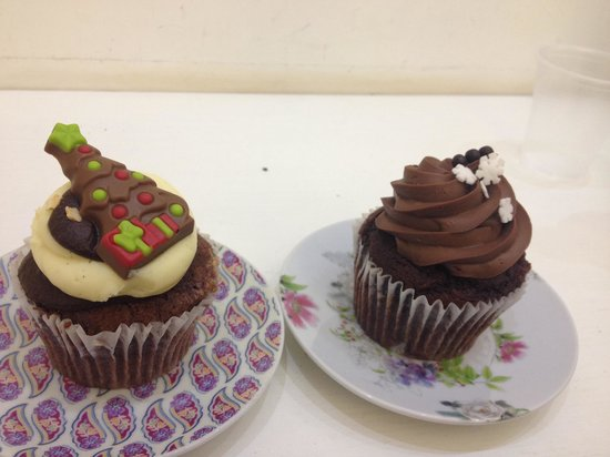 Cacao mania - Picture of Cake Design Cupcakes & Bakery ...