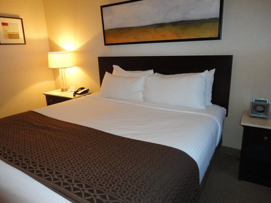 Harrah's Gulf Coast: The perfect bed!