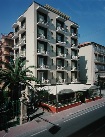 Photo of Hotel Continental Pietra Ligure