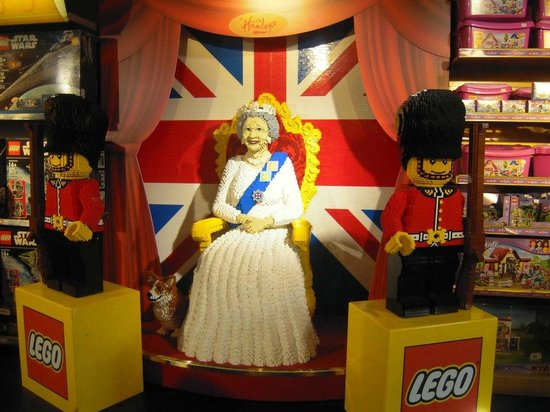 Hamleys toy store picture of hamleys toy store london tripadvisor - Boutique lego londres ...