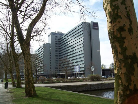 Novotel Amsterdam City: View of the hotel from outside