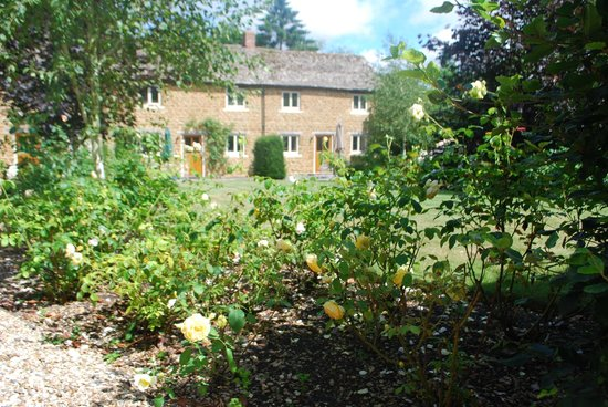 Cotswold Holiday Rose Walk Cottages