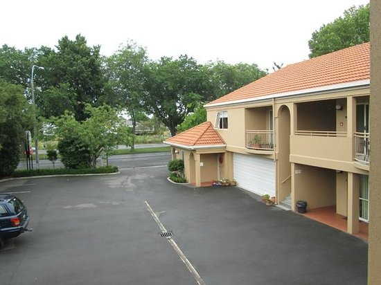 Courtyard View Of Motor Lodge And Bealey St Picture Of