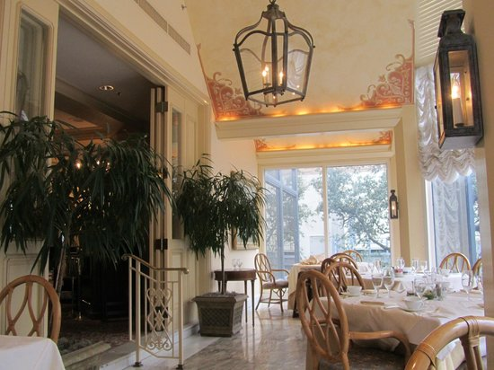 The Grill Room: Dining Room