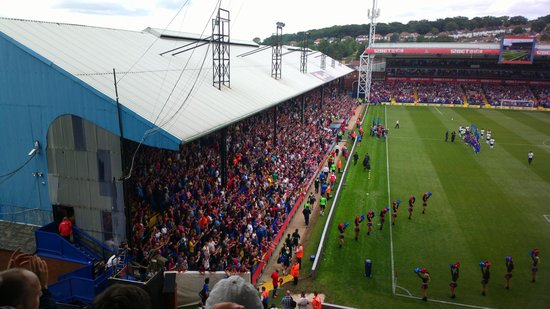 The Holmesdale Stand As Seen From Outside Picture Of Selhurst Park London Tripadvisor