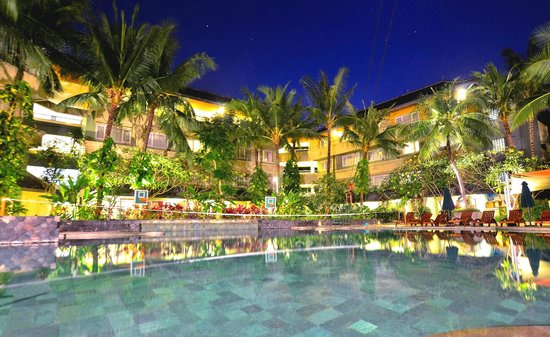 HARRIS Resort Kuta Beach - Bali