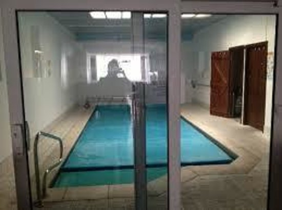 Heated indoor swimming pool picture of woodfield hotel - Blackpool hotels with swimming pool ...