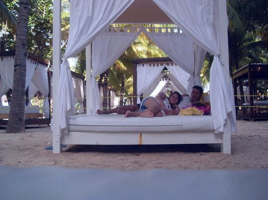 descanso de frente pro mar photo de oasis palm hotel canc n tripadvisor. Black Bedroom Furniture Sets. Home Design Ideas