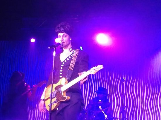 Purple reign the prince tribute show las vegas nv for Apt theater schedule