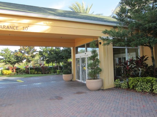 Hotel Entrance Picture Of Hilton Garden Inn Orlando International Drive North Orlando