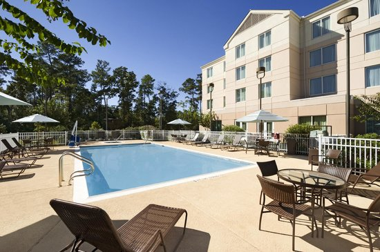 Outdoor Pool Whirlpool Picture Of Hilton Garden Inn Houston The Woodlands The Woodlands