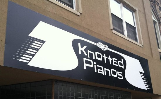 Knotted Pianos